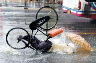 Falling_From_Bicycle_1.jpg