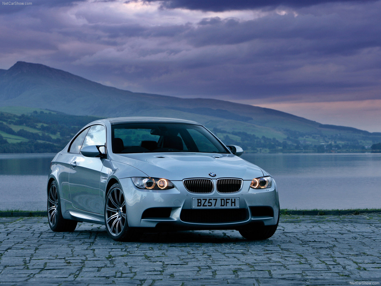 BMW-M3_Coupe_UK_Version_2008_1280x960.jpg