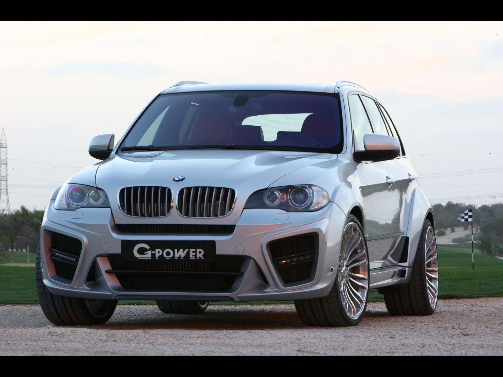 g-power-typhoon-based-on-bmw-x5-07.jpg