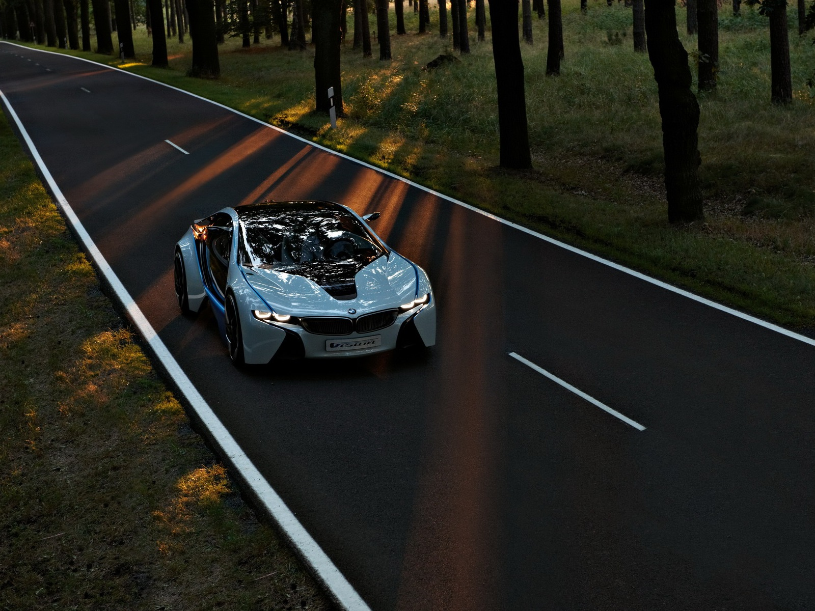 bmw-vision-efficientdynamics-06.jpg