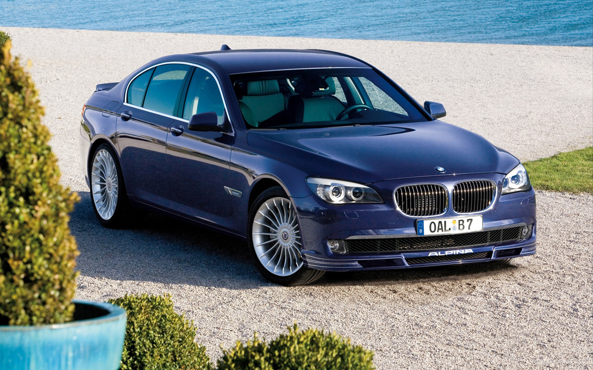 2009-BMW-Alpina-B7-Bi-Turbo-widescreen-01.jpg