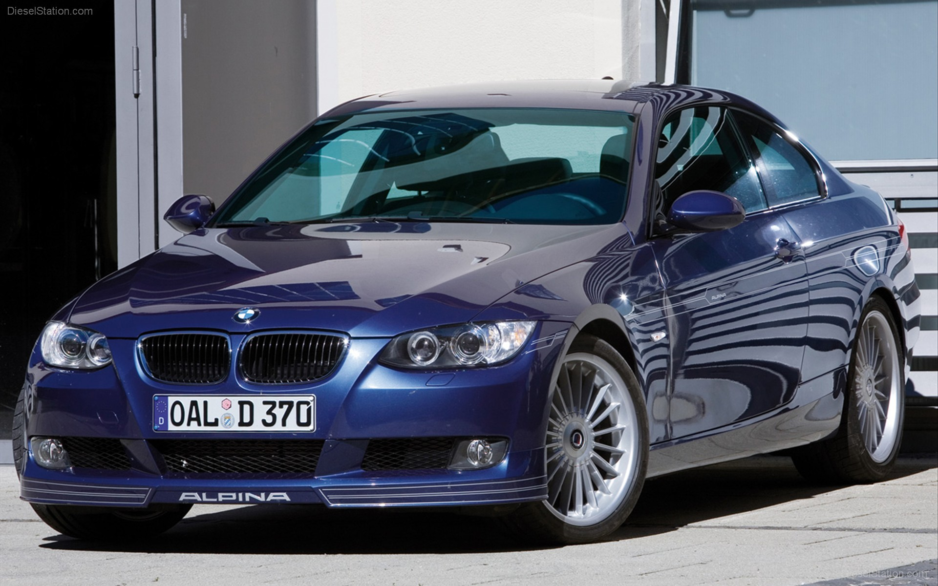 2009-BMW-Alpina-D3-Bi-Turbo-widescreen-05.jpg