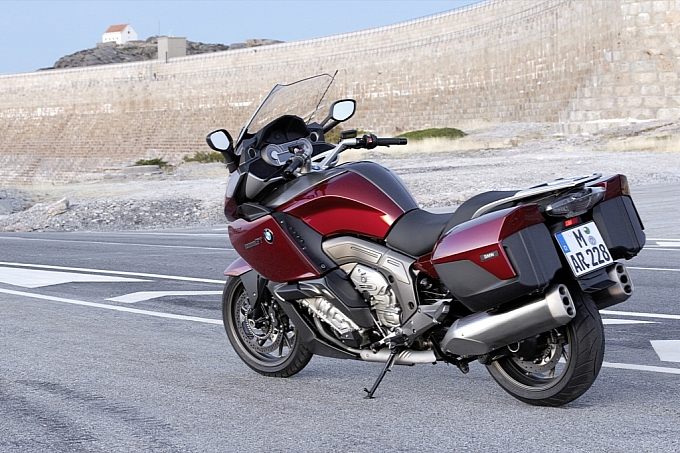 bmw-k-1600-gt-k-1600-gtl-unveiled-medium_23.jpg