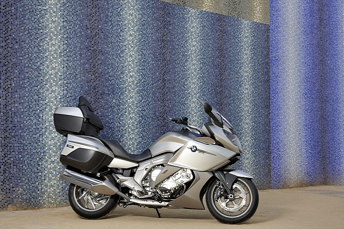 bmw-k-1600-gt-k-1600-gtl-unveiled-medium_76.jpg
