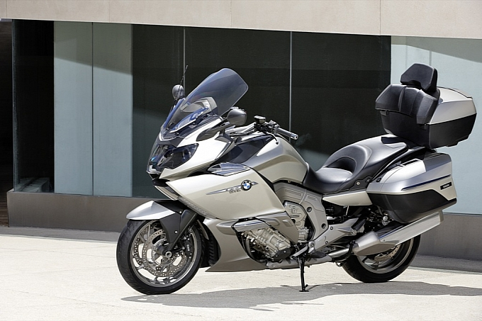 bmw-k-1600-gt-k-1600-gtl-unveiled-medium_75.jpg