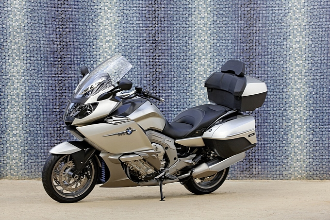 bmw-k-1600-gt-k-1600-gtl-unveiled-medium_78.jpg