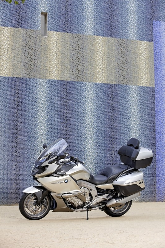 bmw-k-1600-gt-k-1600-gtl-unveiled-medium_79.jpg