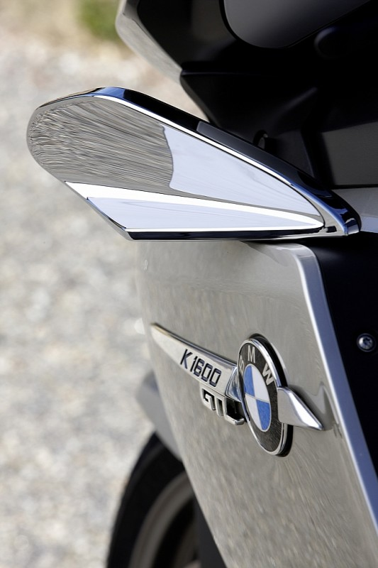 bmw-k-1600-gt-k-1600-gtl-unveiled-medium_94.jpg