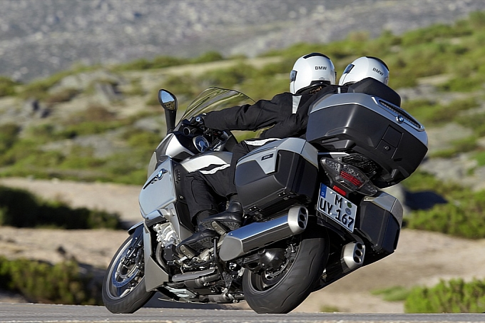 bmw-k-1600-gt-k-1600-gtl-unveiled-medium_97.jpg