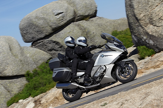 bmw-k-1600-gt-k-1600-gtl-unveiled-medium_104.jpg
